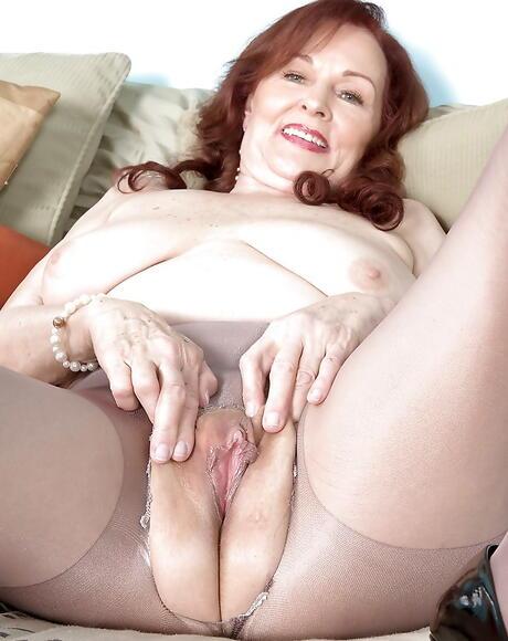 Hot Mature Pussy