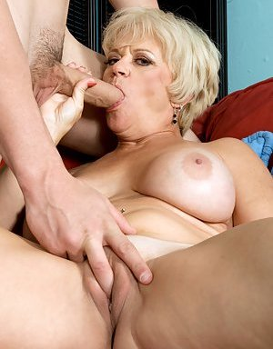 Fingering Pictures
